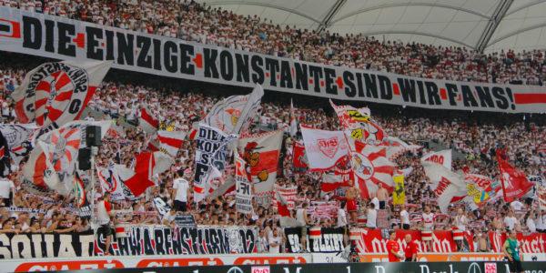 Corona-Krise: VfB-Ultras kaufen für Senioren ein